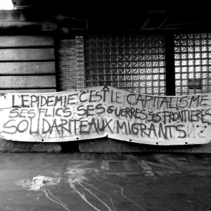 02juin-paris-banderole-expulsion-campement-la-chapelle