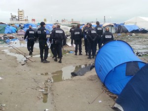 calais patrouille flics jungle